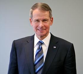 General Peter  Pace, U.S. Marine Corps (RET) Image