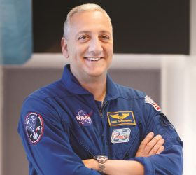 Mike  Massimino Image